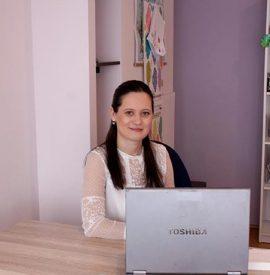 Ionela-Bondor-invatatoare-clasa-I-