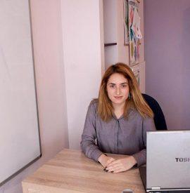 Alexandra-Ruse–educatoare-grupa-mica
